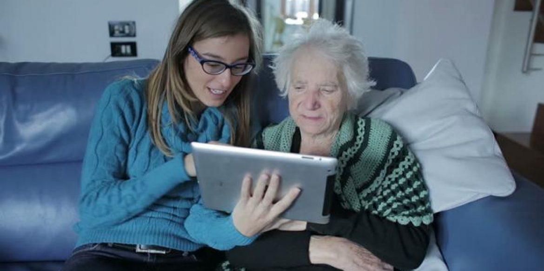 conheca-o-primeiro-tablet-para-idosos-do-brasil-97290